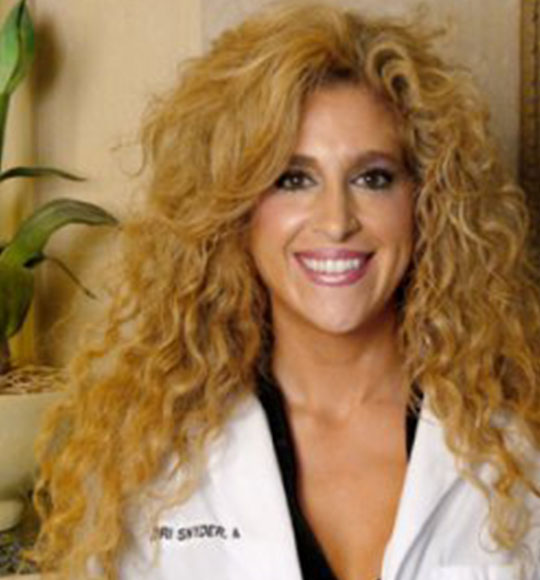 Dr Lori S Snyder - Ophthalmologist