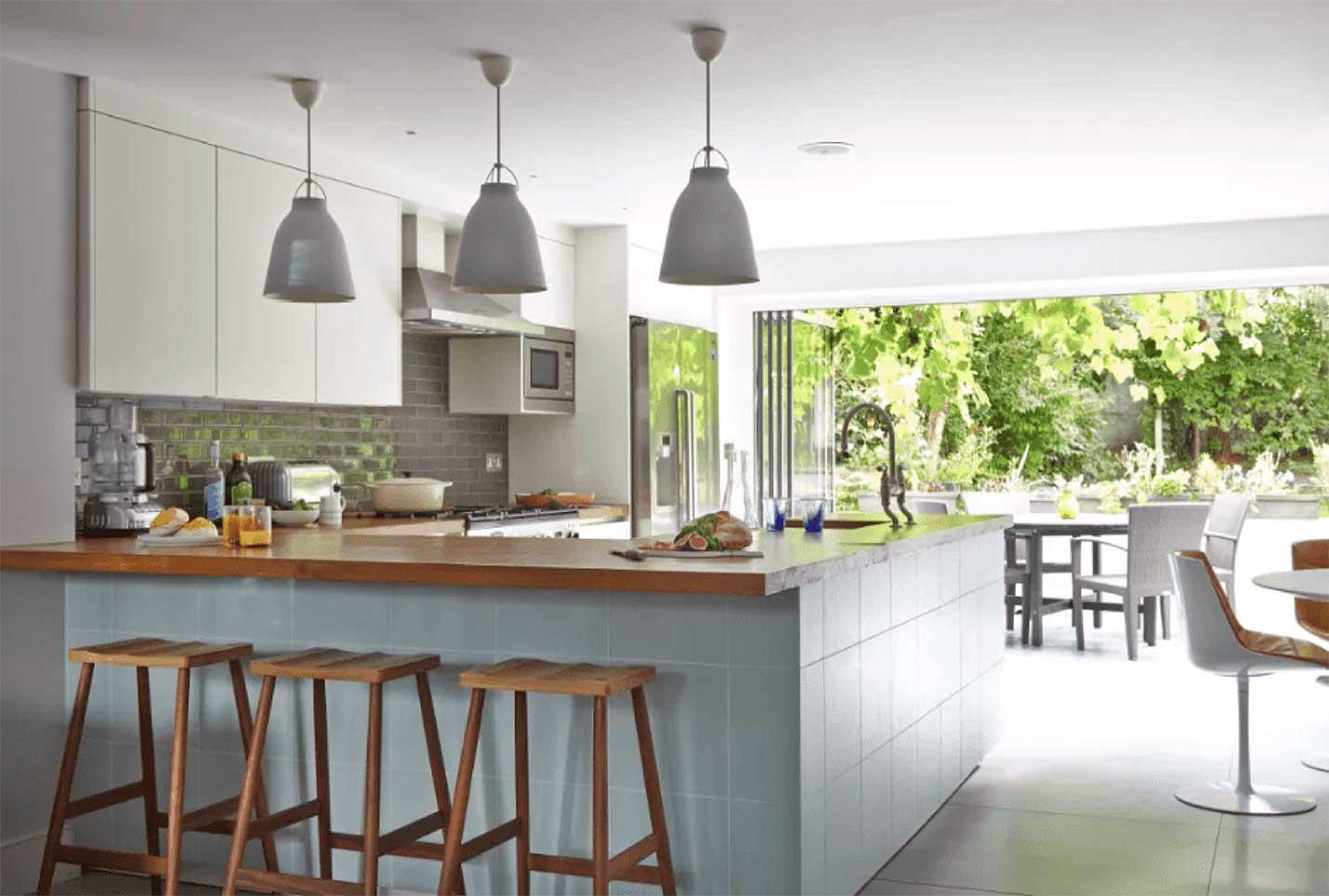 Bi-Fold-Doors-Kitchen
