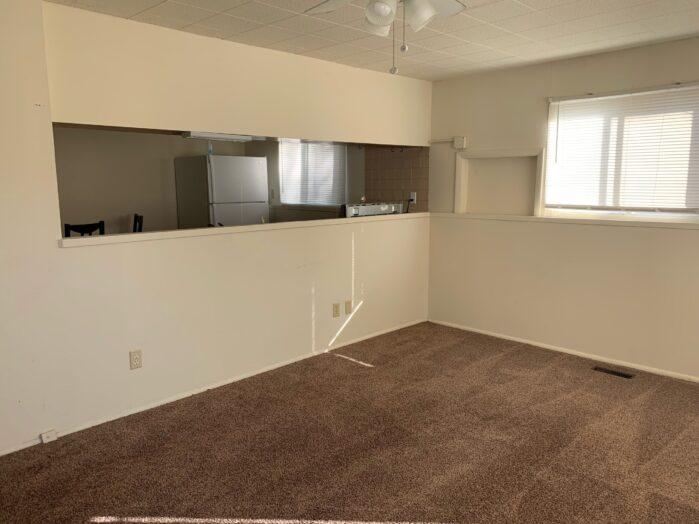 604 N 2nd St, Edwardsville, IL Living Room