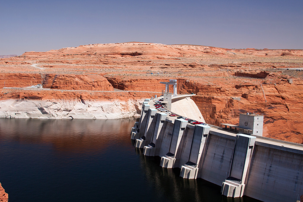 """Plotting """"dead pool"""" and other watersheds for Lake Powell and Lake Mead"""