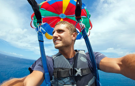 Parasailing in the city of Miami