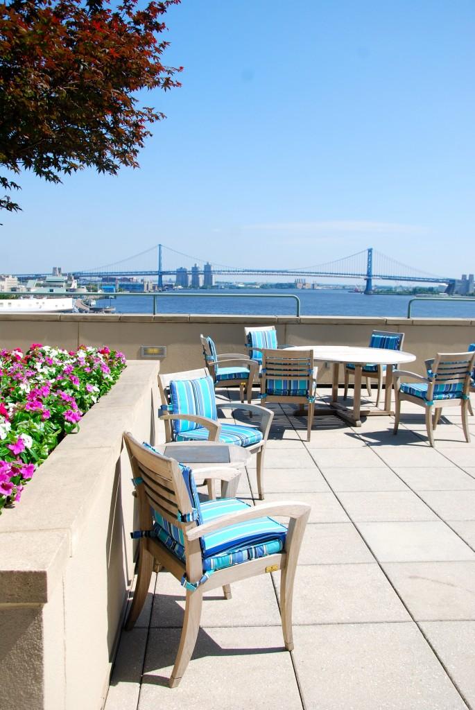 Dockside terrace_July2014