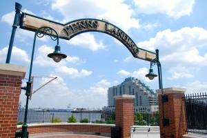 Penn's Landing Sign_Dockside in background