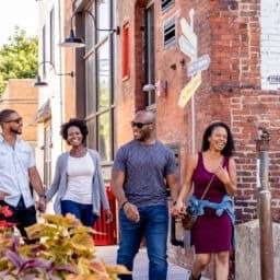 Couple walking in philadelphia