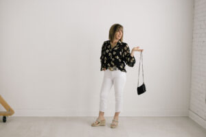 Summer outfit with black cross body bag