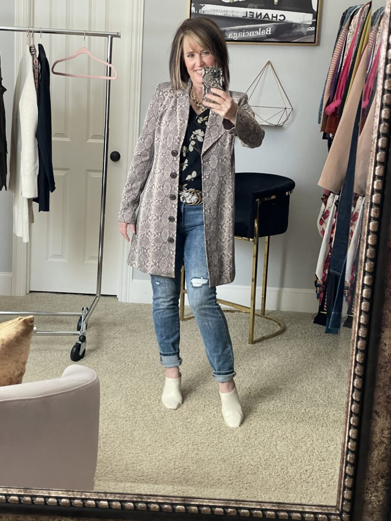 Long snake skin jacket and jeans
