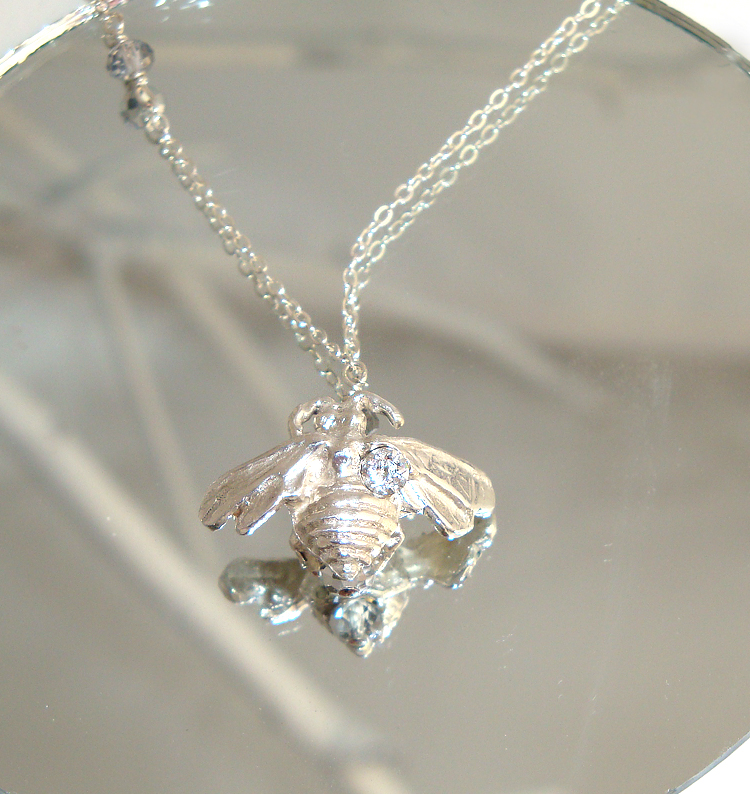 Bee Solitaire Necklace