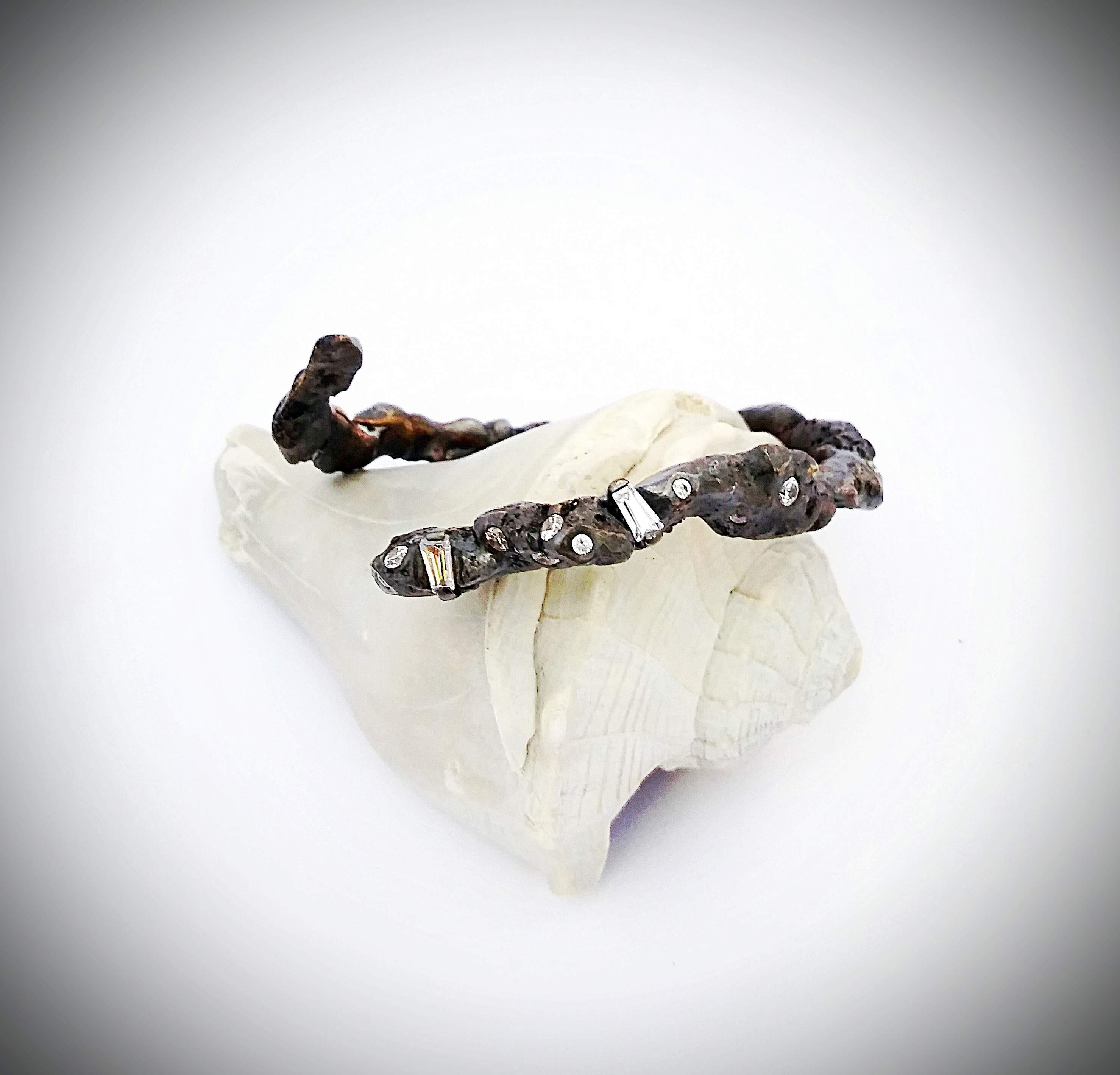 Sculpted Tapered Baguette Cuff
