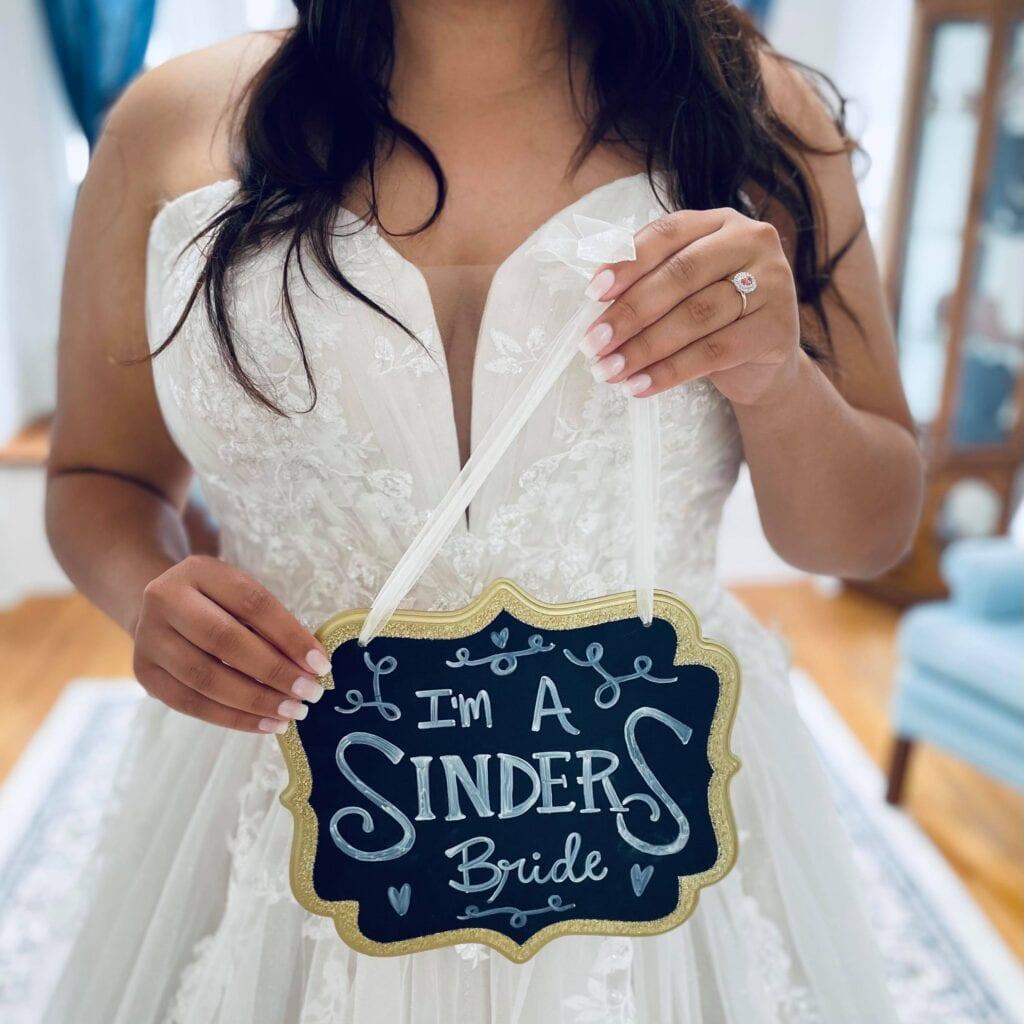 Romantic sweetheart neckline of Stella York 7077 wedding dress.
