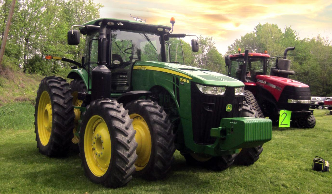 Green Tractor and Red Tractor