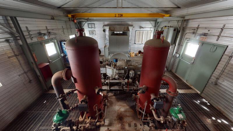 800HP 22% Sour Electric Reciprocating Compressor - interior 2