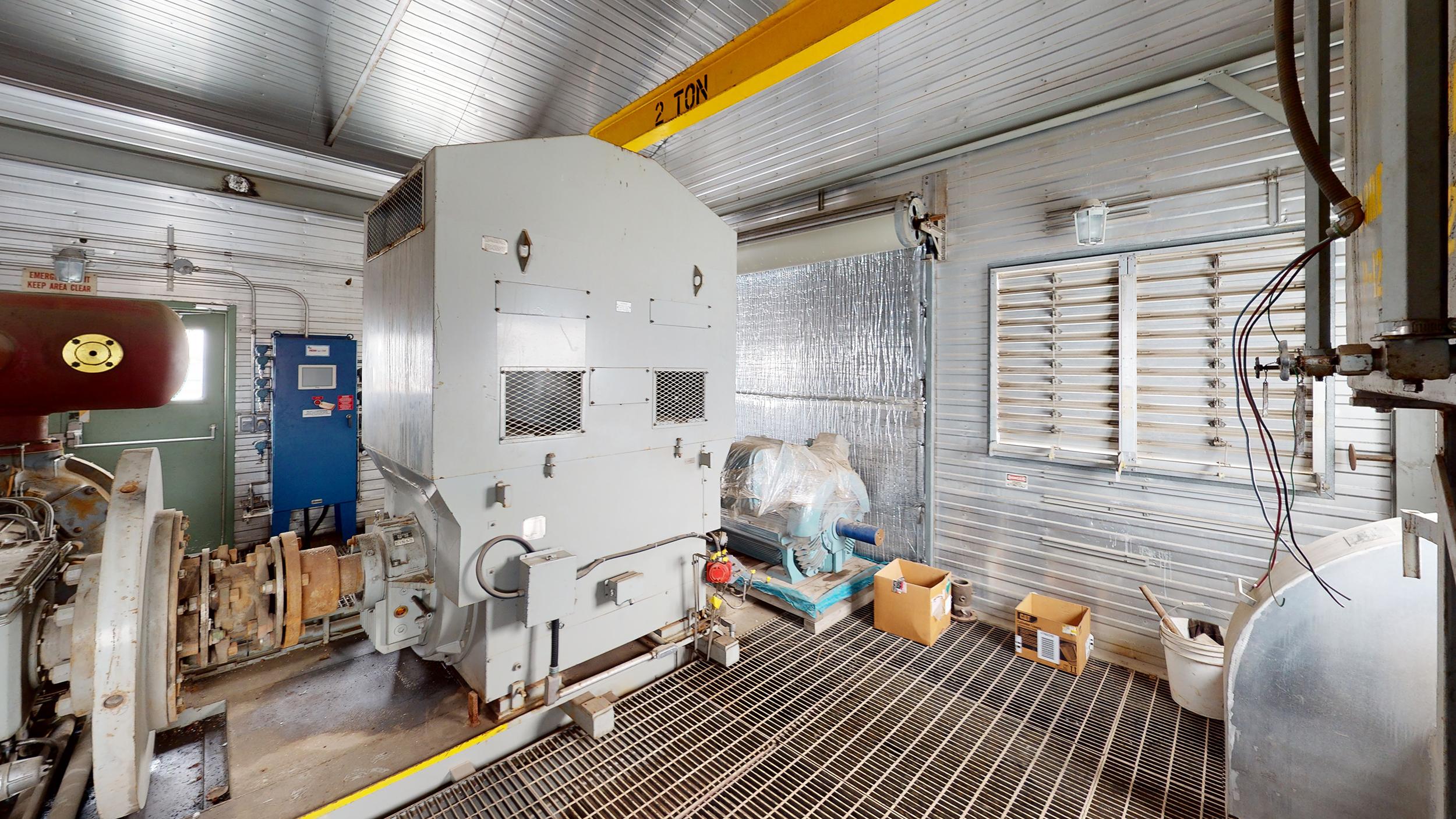 800HP 22% Sour Electric Reciprocating Compressor - interior 6