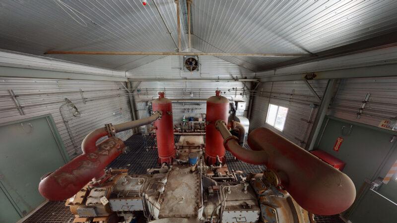 800HP 22% Sour Electric Reciprocating Compressor - interior 9
