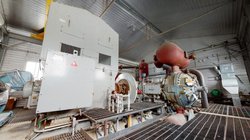 800HP 22% Sour Electric Reciprocating Compressor - interior 10