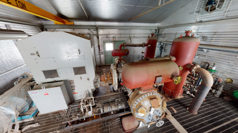 800HP 22% Sour Electric Reciprocating Compressor - interior 11
