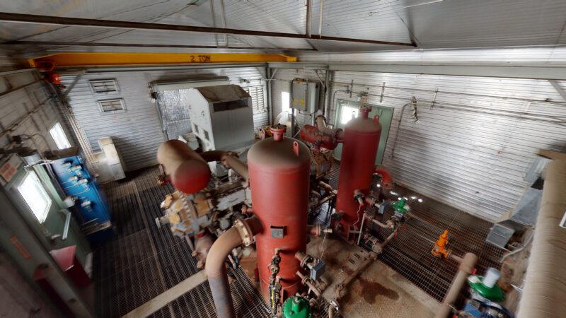 800HP 22% Sour Electric Reciprocating Compressor - interior 13