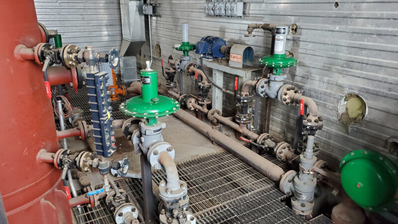800HP 22% Sour Electric Reciprocating Compressor - interior 14