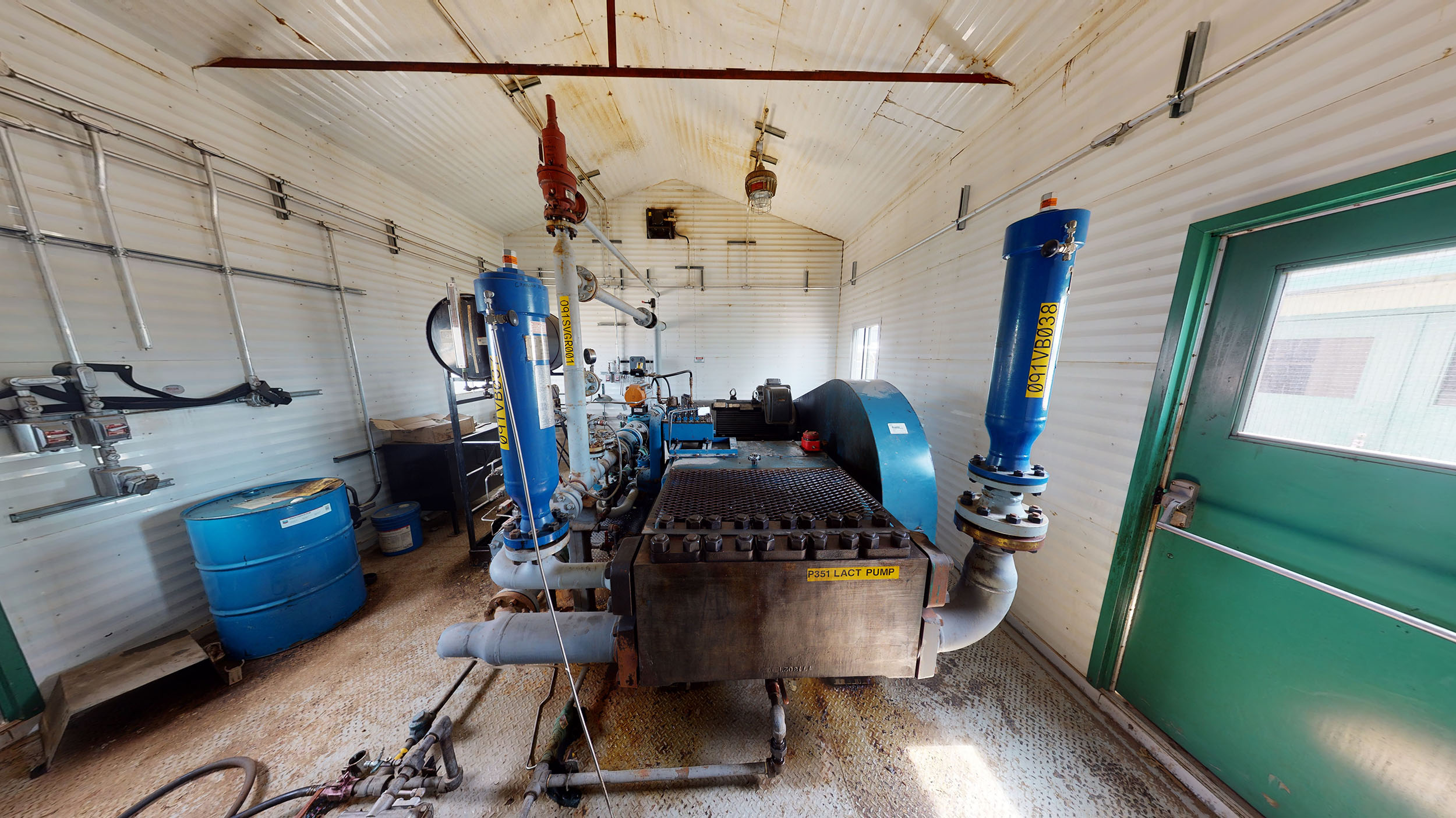For sale –used / surplus –National Oilwell 300HP LACT Pump Package –oilfield / oil and gas / equipment in Alberta Canada –interior 5