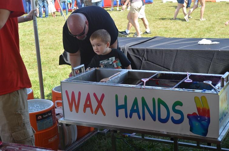 wax-hands-cart2