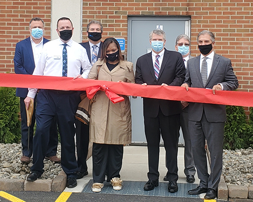 HCSC Holds Ribbon Cutting for New Delaware Valley Laundry Plant