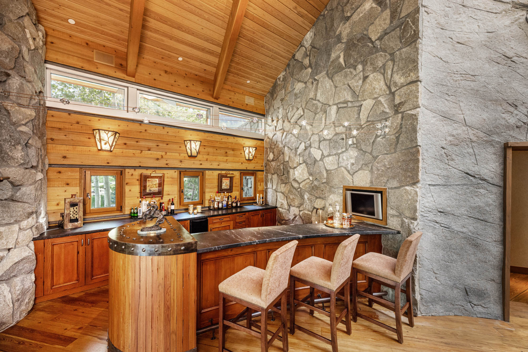 VAIL-MLS-ORDERED-109