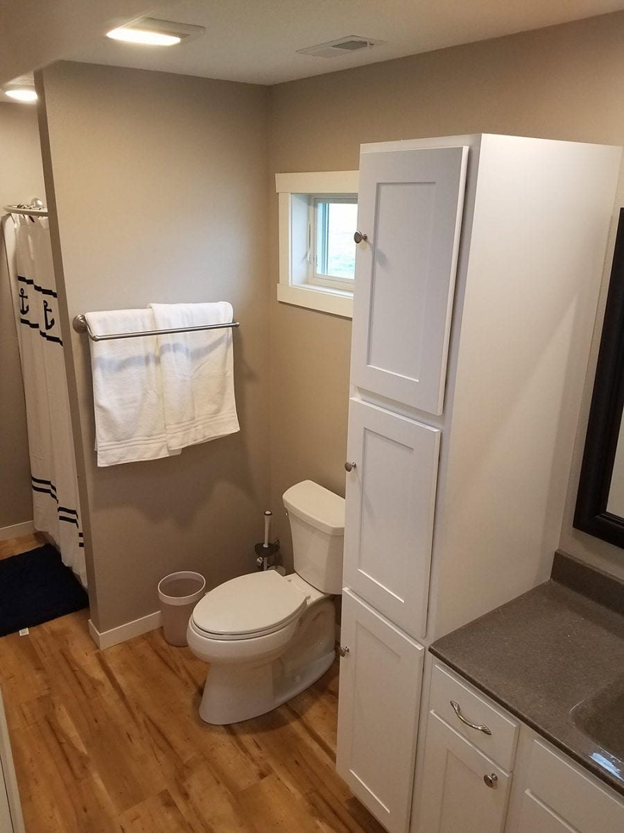 bathroom in cabin 2