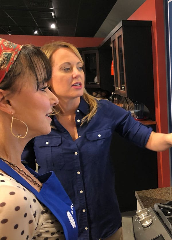 GE Appliance's Wendy Treinen shows Great American Grandma Ally Phillips the Kitchen Hub