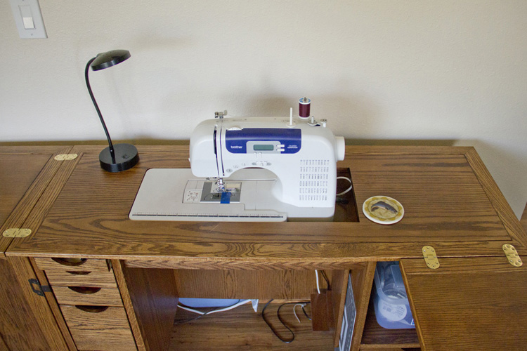 SewingCabinet-09