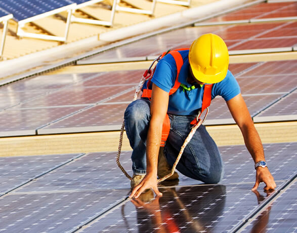 solar panel installers in Brunswick East