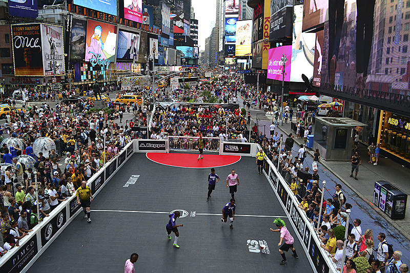 2015 Times Square Cup