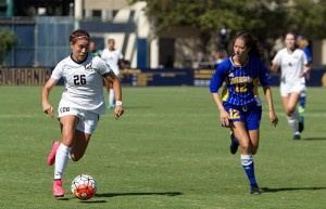California College Weekend Recap: Stanford on 13-match unbeaten streak, Cal women split road trip, and more