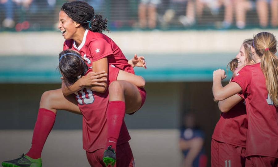 Stanford Advances to Women's College Cup Quarterfinals