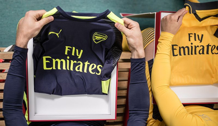 Arsenal Launches 2016/17 Away & Third Kits in Los Angeles