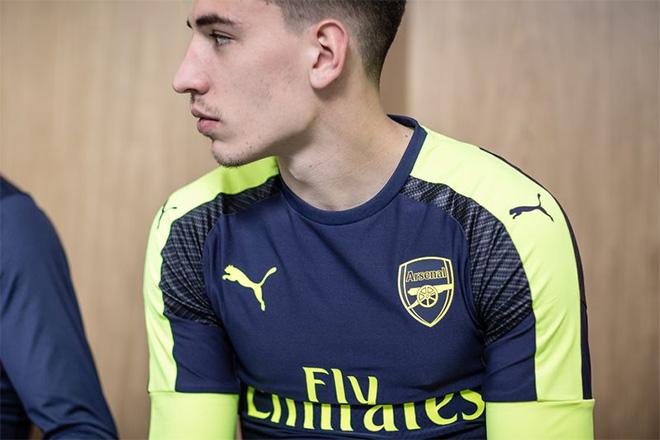 Arsenal Third Jersey 16/17 Bellarin