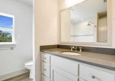 012_2nd Bathroom