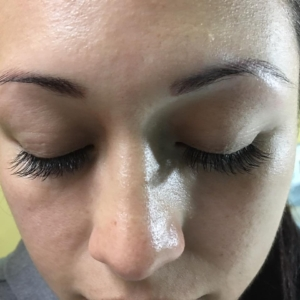 professional natural eyelash extensions