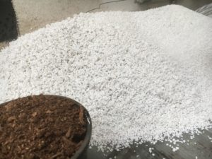 Adding peat moss to perlite