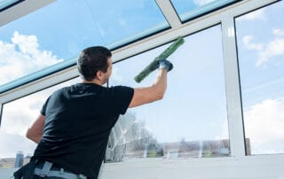 Home Management Boca Raton Window Washing Services