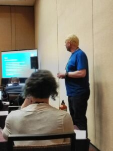 Dave Gee teaching Jira and Confluence Together at Atlassian Summit 2019