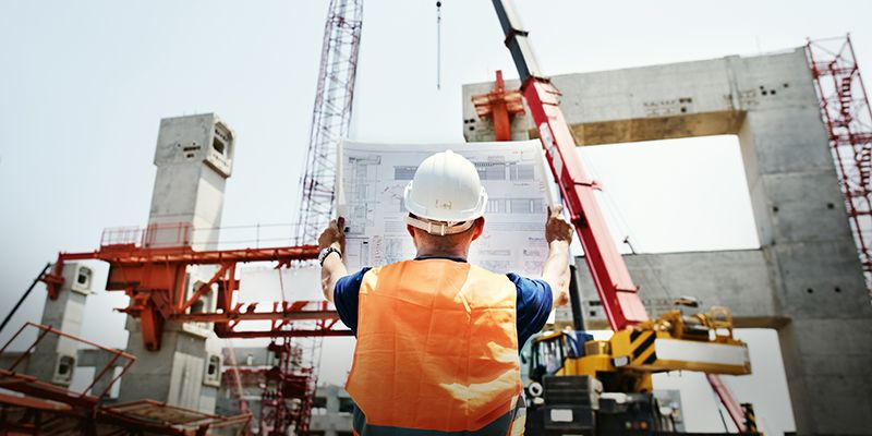 How Can Your Construction Company Handle Riskier Projects This Year?