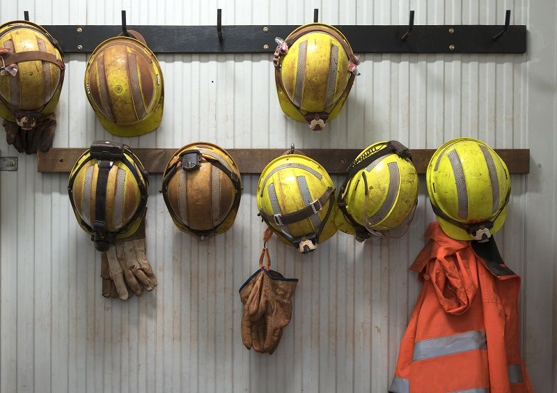 Safety helmets comp