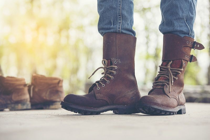 The Men's Classic Brown Leather Boot