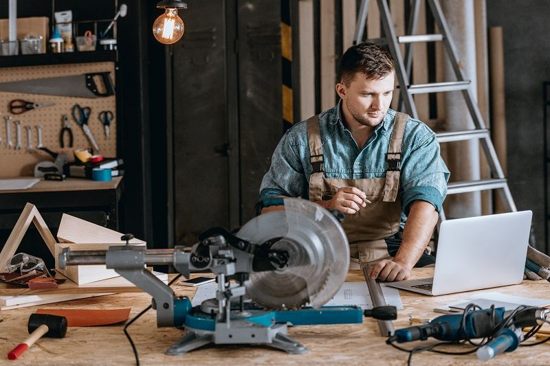 How Get A Career In The Trades