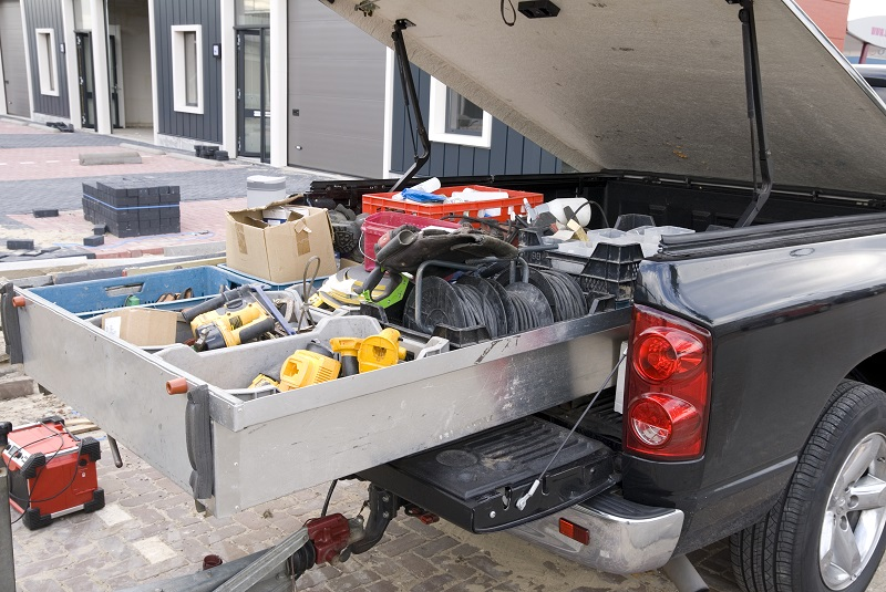 5 Tools You Need In The Back of Your Truck