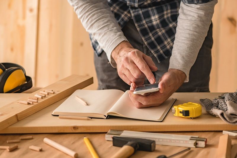Great Phone Apps To Help Craftsmen In Trades Career