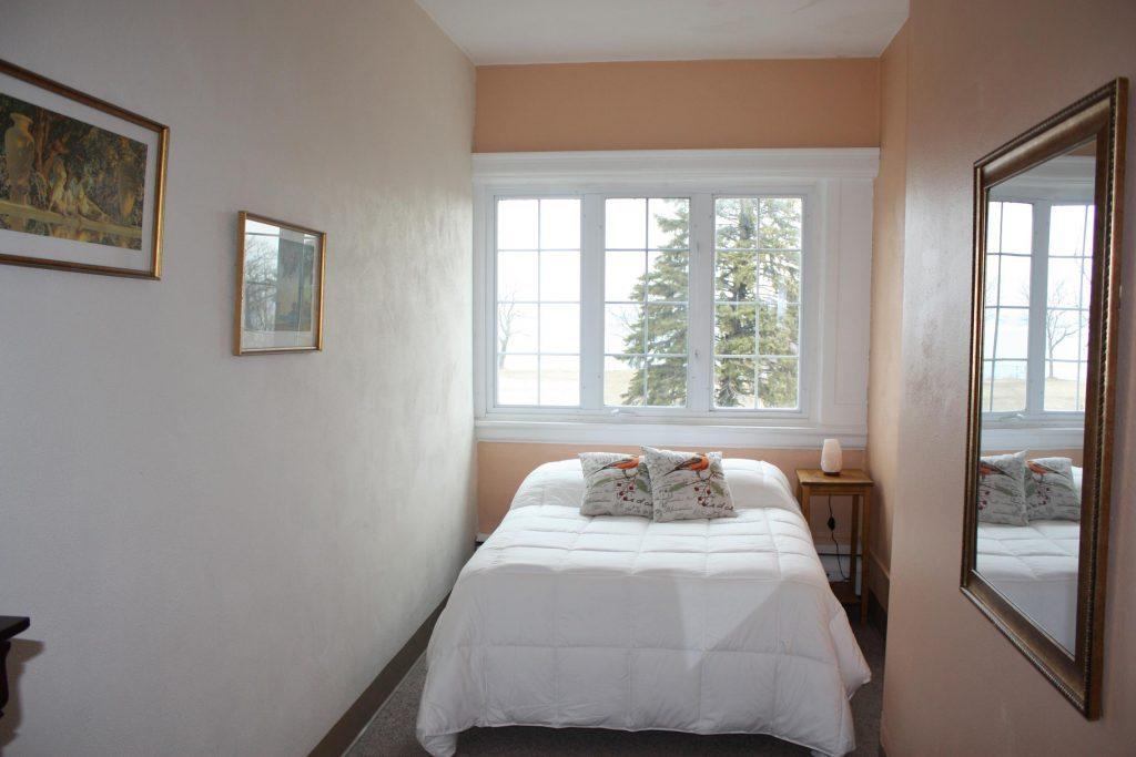 Derby NY Hotel | Derby NY Lodging B and B Buffalo Airbnb Derby NY