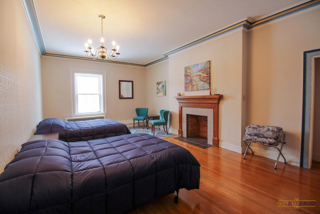 Best Hotel Lake Erie Beach | Derby NY Hotel Lodging Airbnb Derby NY Hotel
