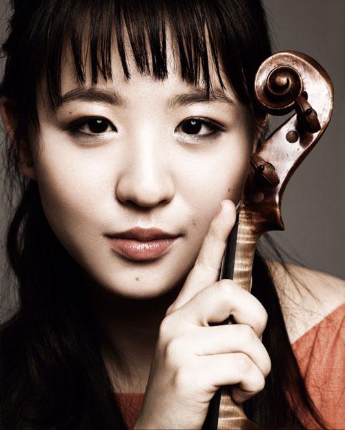 Anna Lee, violin