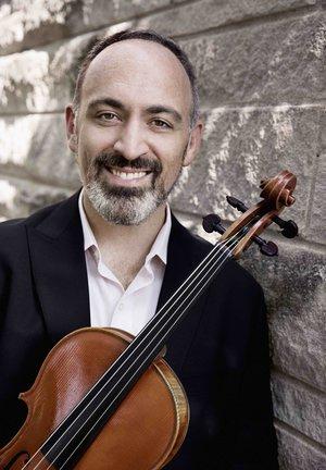 Mark Holloway violist