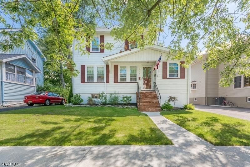 328 Manor Drive, Cranford<br />Sold $424,500